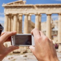 15 Free Travel Apps for Greece at the Palm of Your Hand